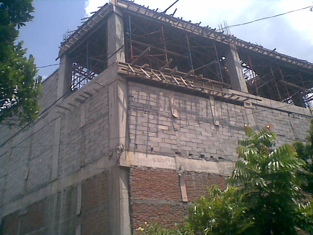 Kombinasi Batako dan Bata Merah Pada Bangunan